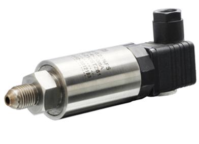 Explosion proof pressure transmitter